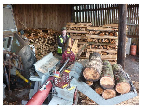 Fire woodLogs,Bags,Loads,Moisture content,Kindling,North West,Preston,Wood Assured,Delivery,Dry,Chimanae Wood